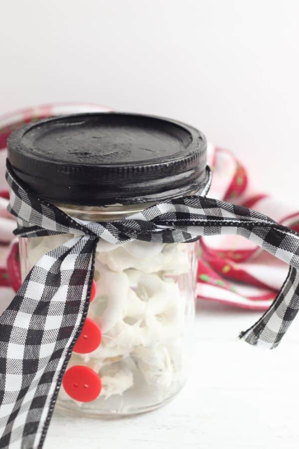 easy steps for making snowman gift jar