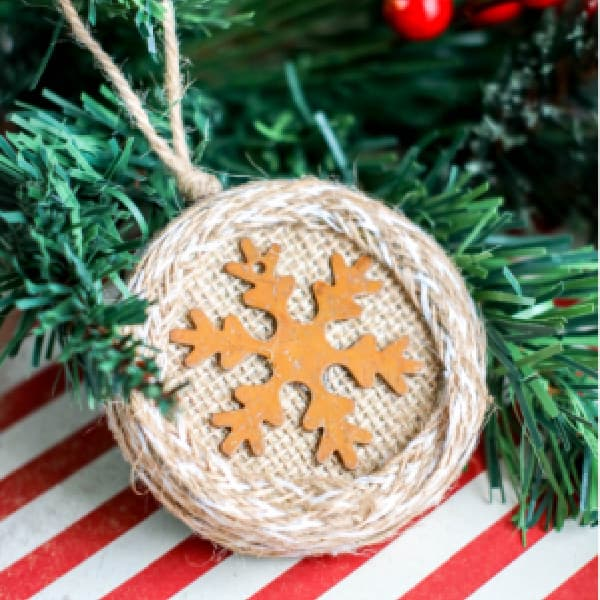 DIY Rustic Burlap Christmas Ornaments
