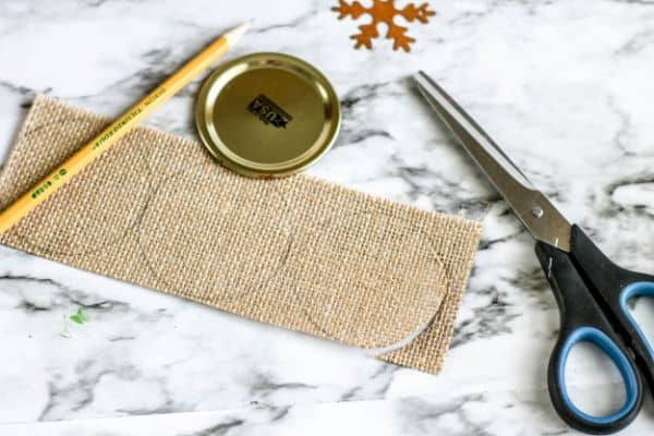 how to cut burlap sheets for DIY Rustic Burlap Christmas Ornaments