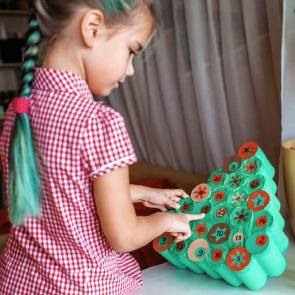 Christmas activities for preschoolers making an advent calendar