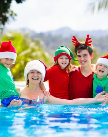 Christmas in July Ideas for family photos